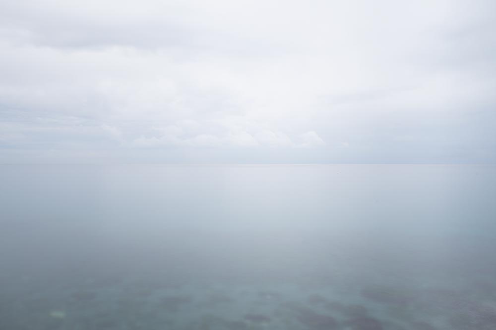 Ejemplo composición horizonte centrado y minimalista