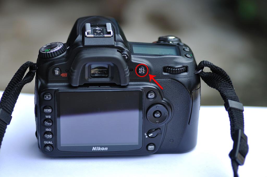 Botón de bloqueo del enfoque en Nikon