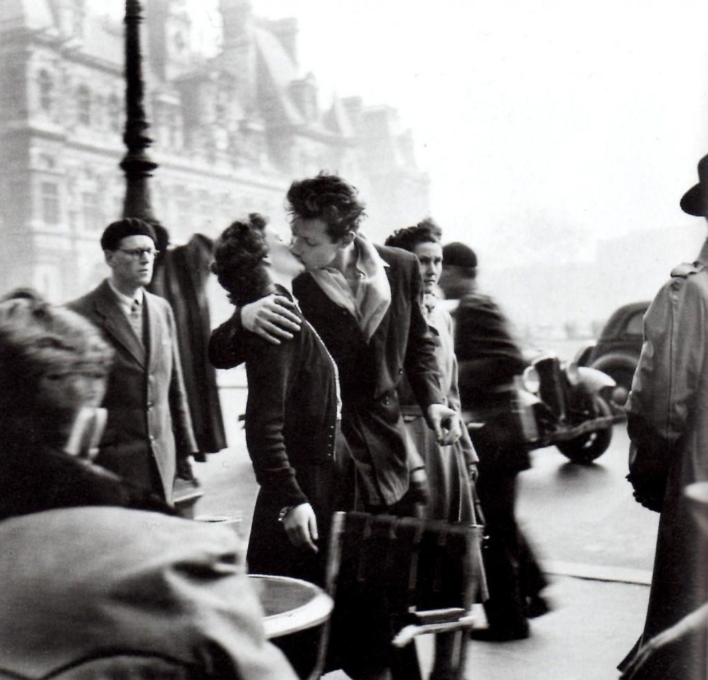 """Fotografía """"El beso"""" de Robert Doisneau"""