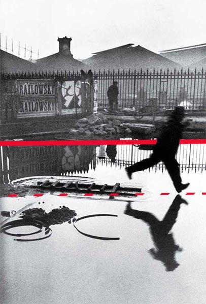 Simetrías en la foto de Cartier-Bresson: Plaza de Europa. Tras la estación de San Lázaro. París. Francia.